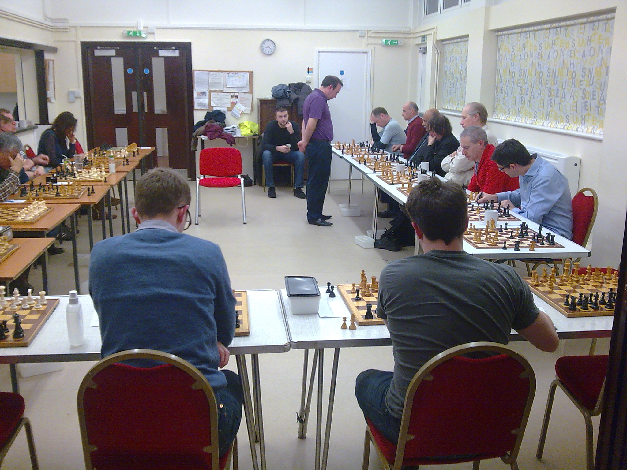 Carsten (top right, furthest board from the camera) mulls over his next move