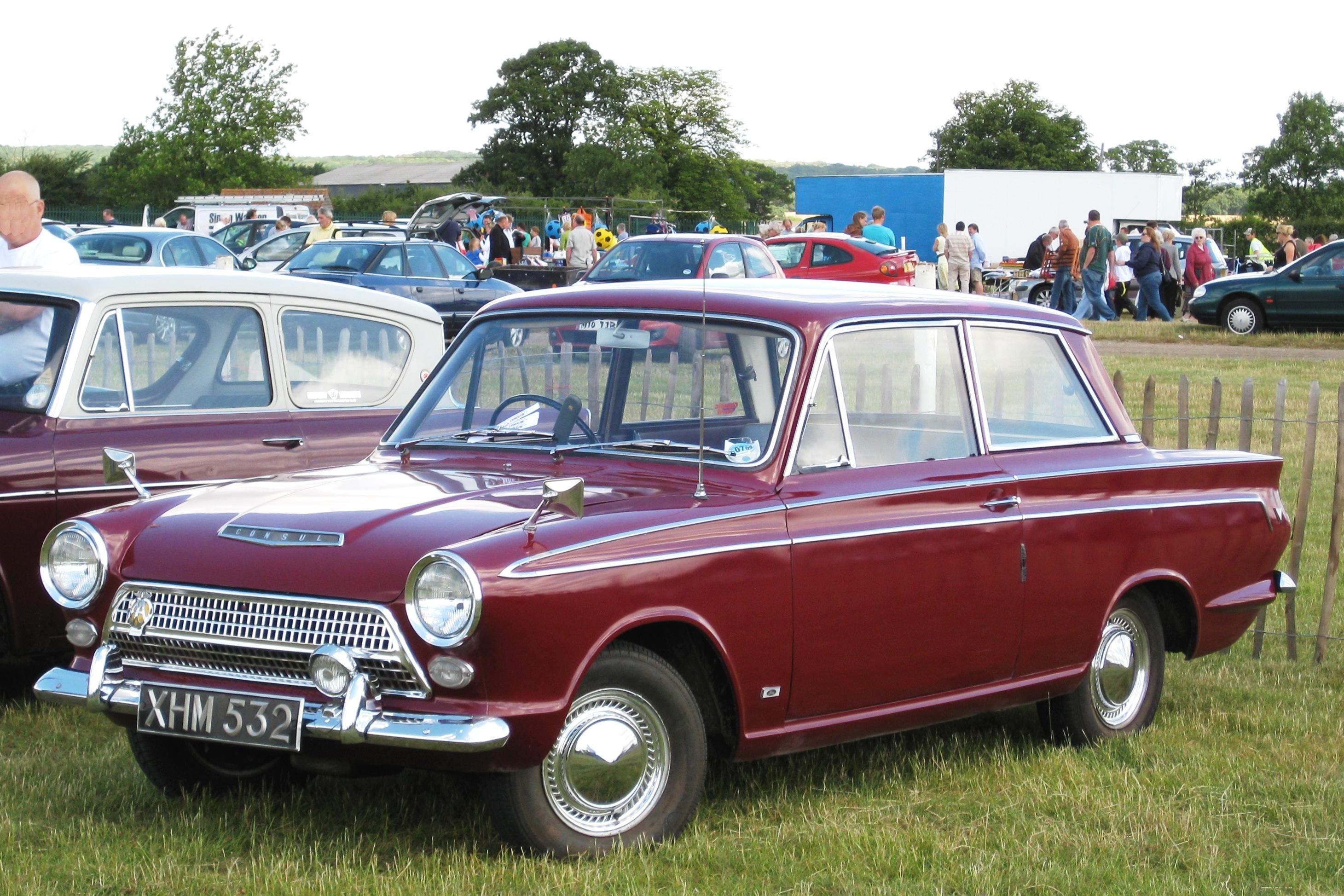 Ford_Cortina